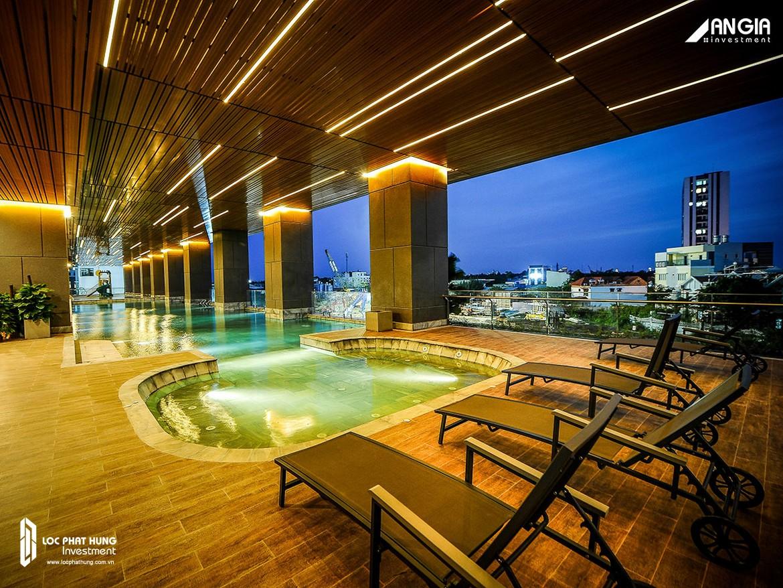 Hồ bơi nước ấm tại tầng 2 phục vụ miễn phí cho toàn bộ cư dân An Gia Skyline