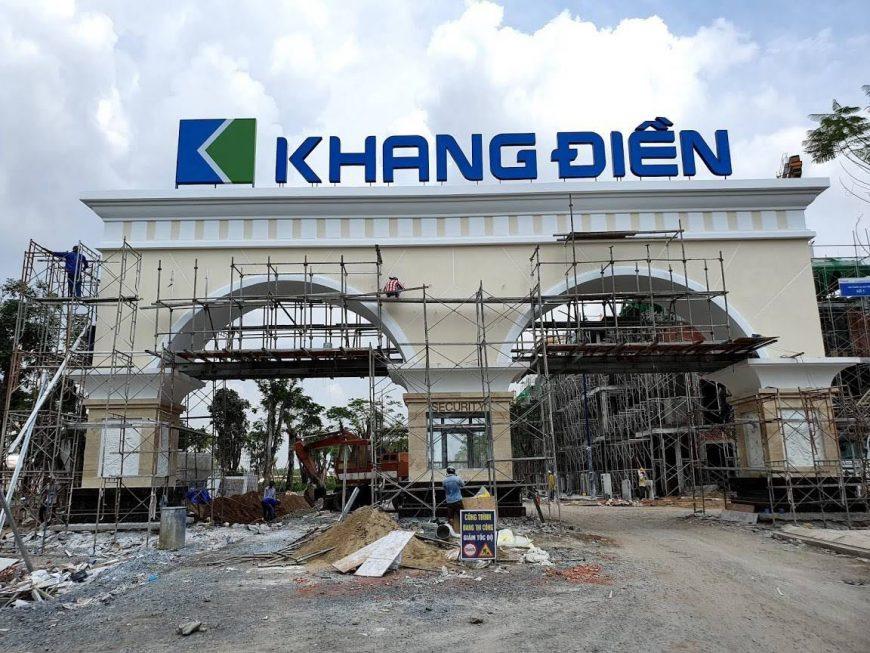 Tiến độ xây dựng dự án nhà phố Verosa Park Quận 9 chủ đầu tư Khang Điền. Đã hoàn thiện cổng chào dự án