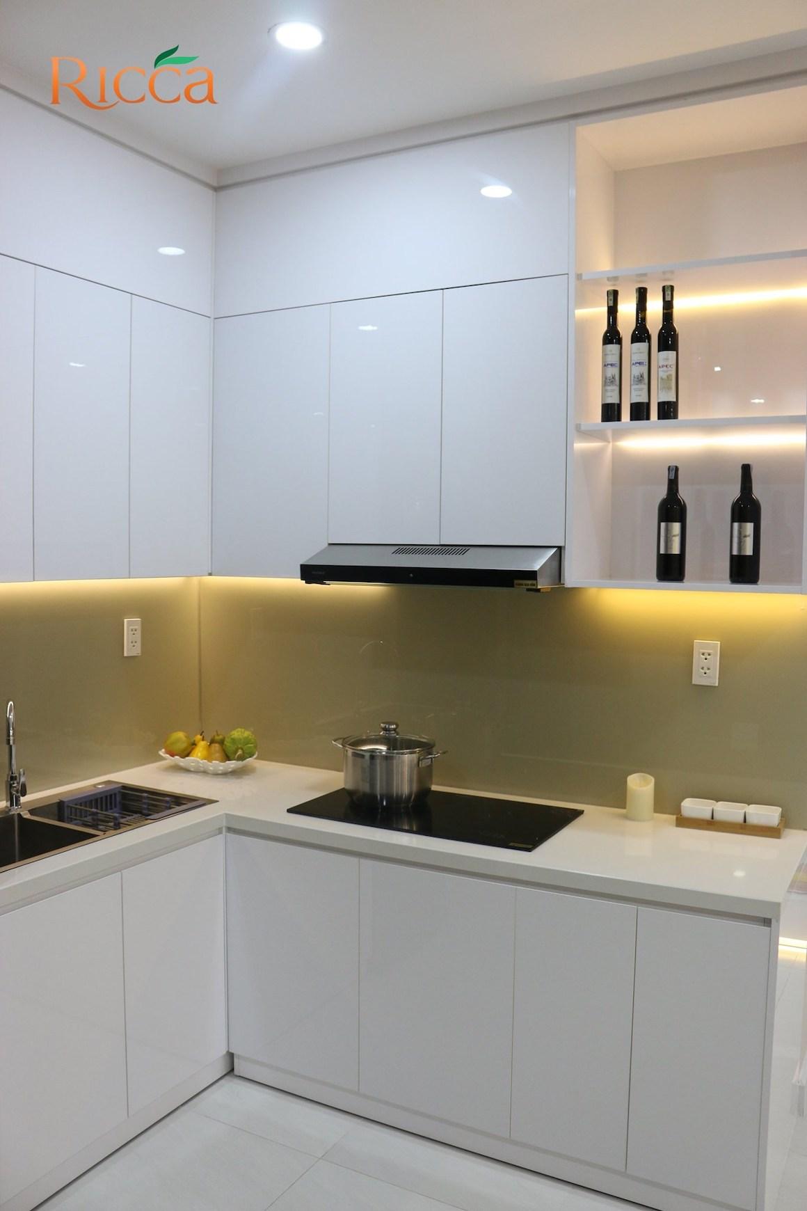 Phòng bếp nhà mẫu căn hộ Ricca Quận 9