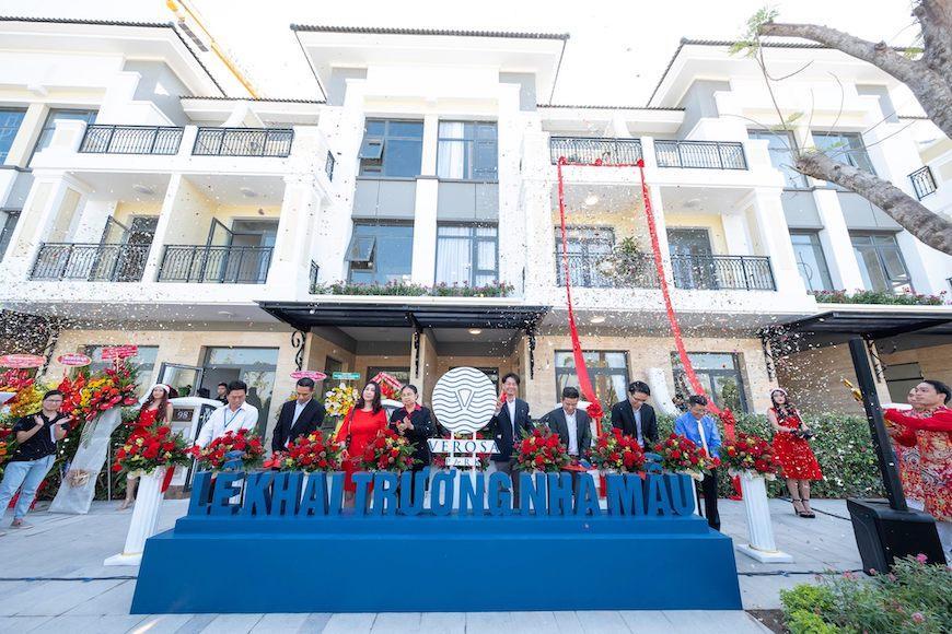 Tiến độ xây dựng dự án nhà phố Verosa Park Khang Điền Quận 9 Tháng 12/2019