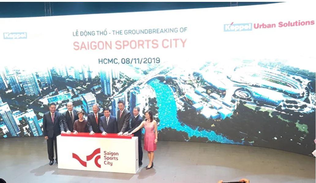 Đại diện chủ đầu tư Saigon Sports City và các đối tác làm các nghi thức lễ động thổ dự án.