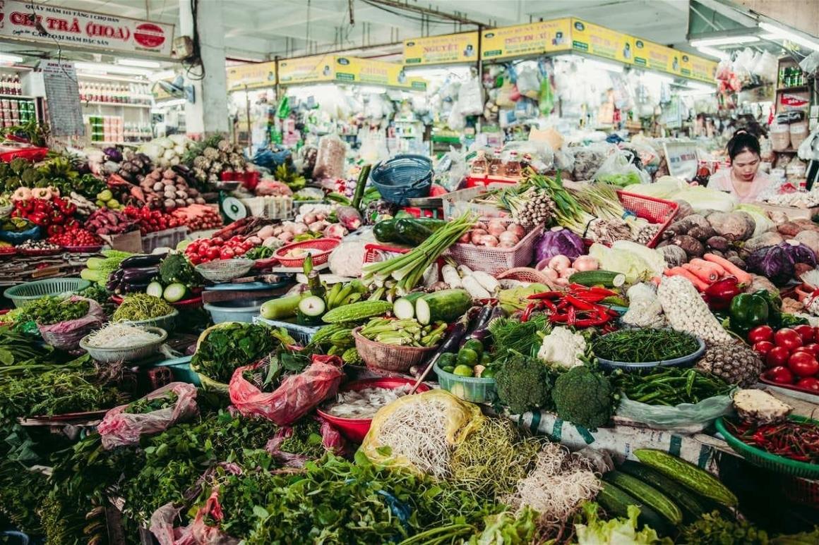 Chợ dĩ an gần Icon Plaza