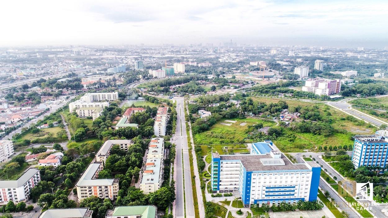 Làng đại học Quốc Gia Thủ Đức liền kề dự án Bcons Plaza đang trong giai đoan phát triển