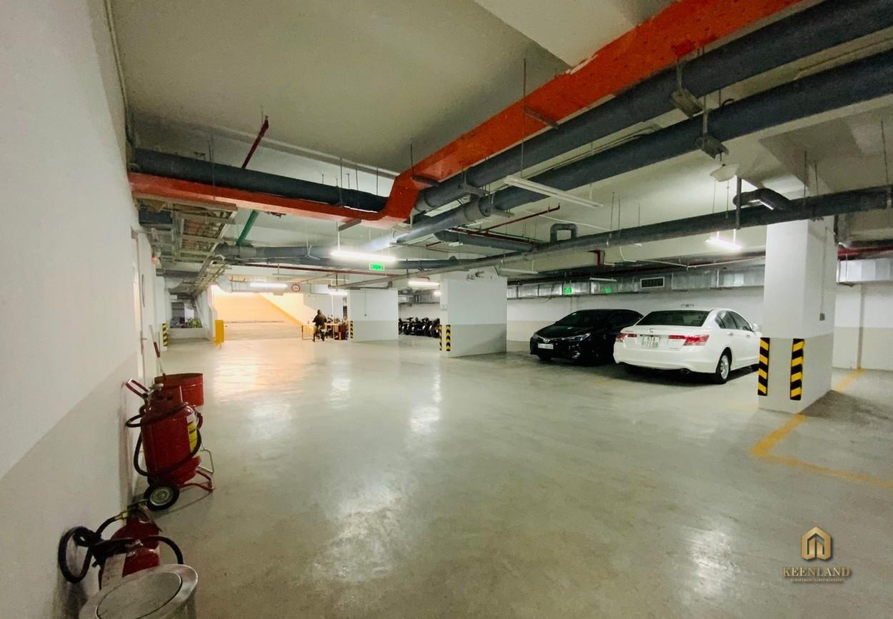 Hầm xe tại dự án căn hộ Goldora Plaza