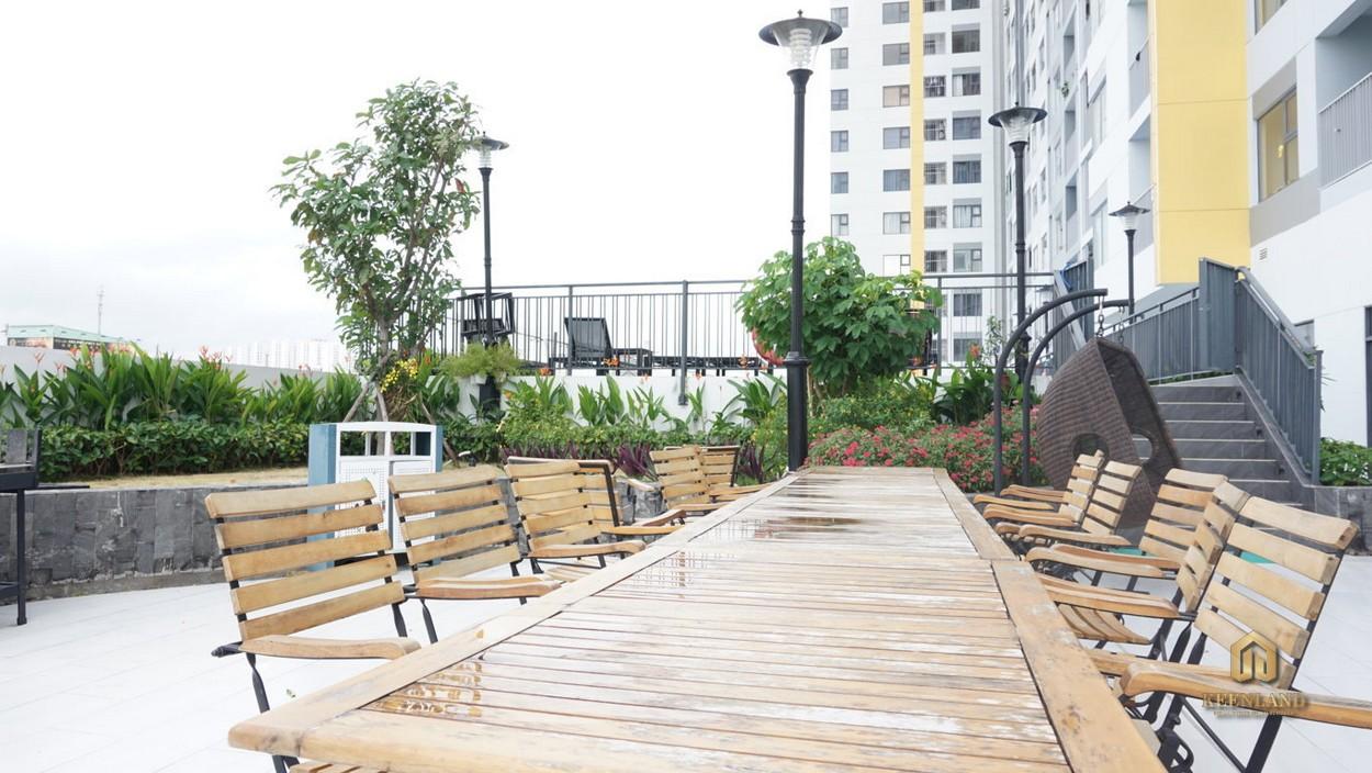 Sân vườn tầng 21 - Tiện ích nội khu dự án Viva Riverside Quận 6