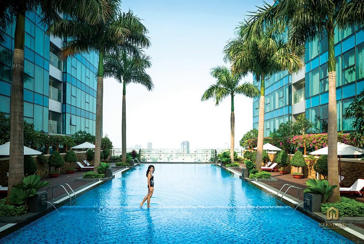 Bể bơi Sky Pool tại dự án Vinhomes Đồng Khởi