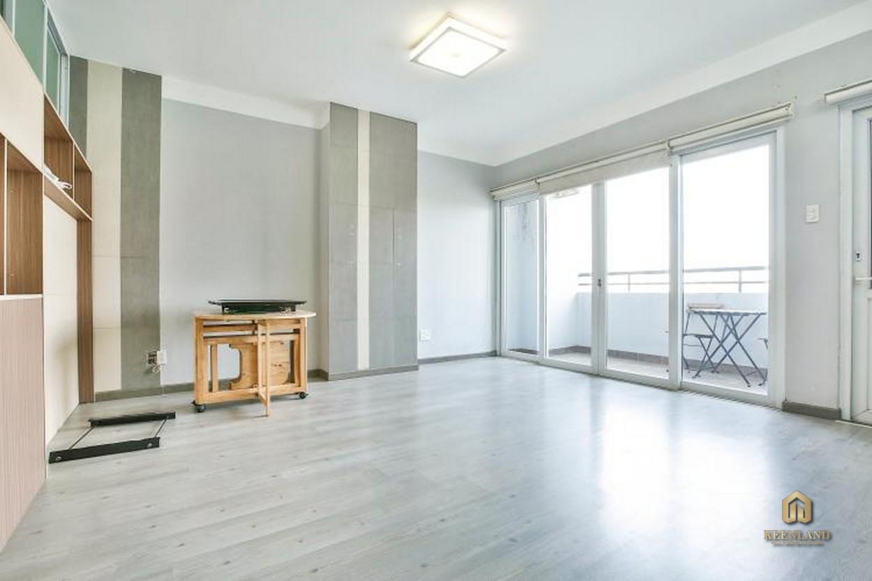 Hệ thống cửa kính lớn tại căn hộ chung cư Orient Department