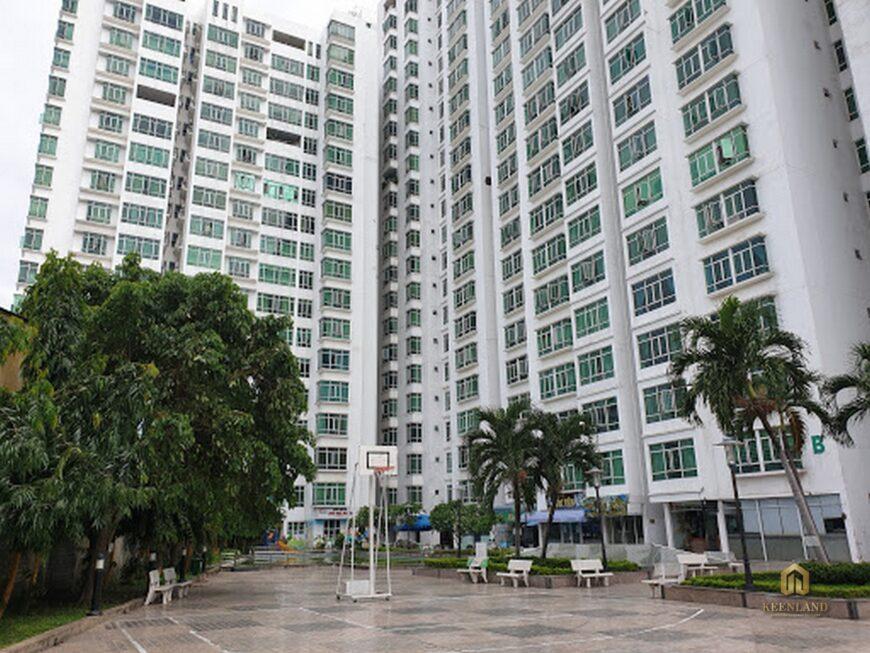 Khuôn viên xanh thoáng mát tại dự án chung cư Khánh Hội 1