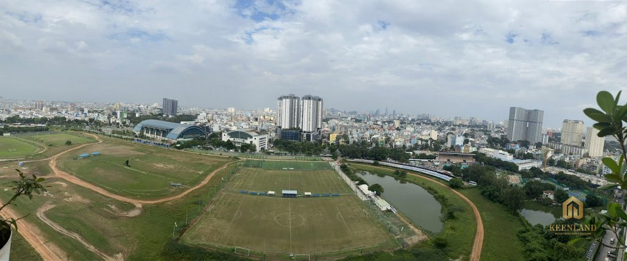 View trực diện ra trường đua Phú Thọ từ căn hộ The Flemington