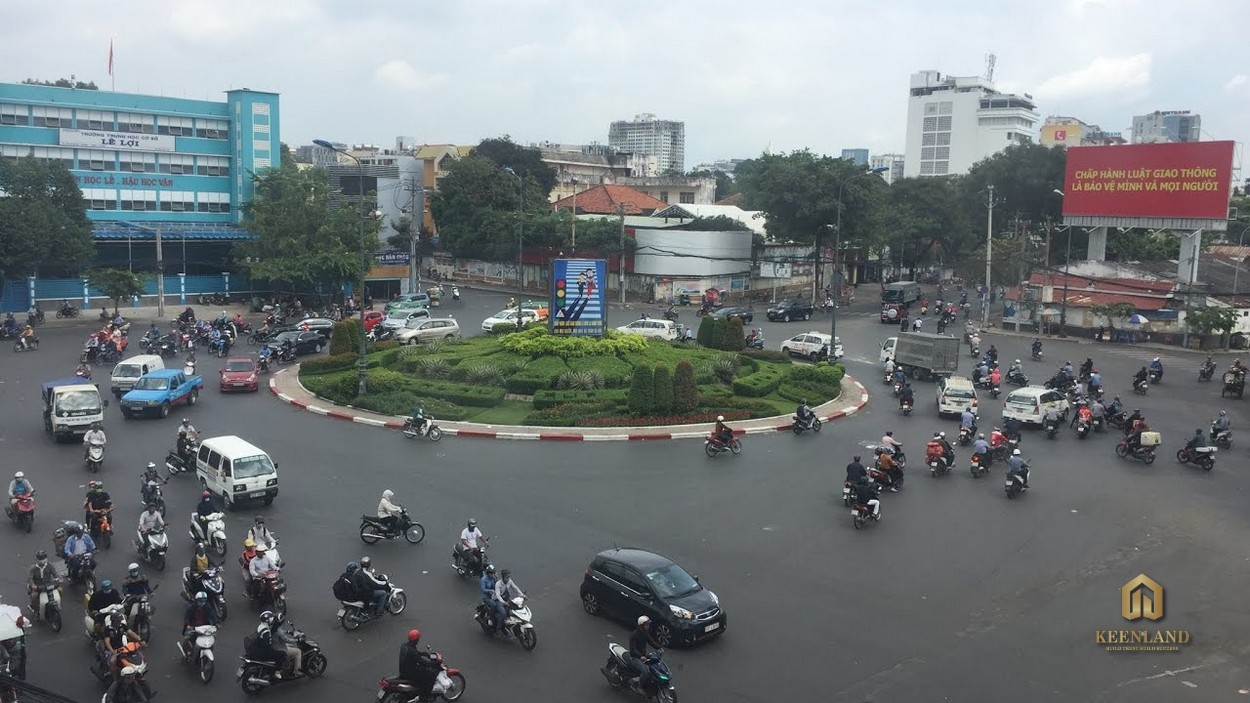 Vòng xoay Dân Chủ mang đến sự thuận tiện trong việc giao thông