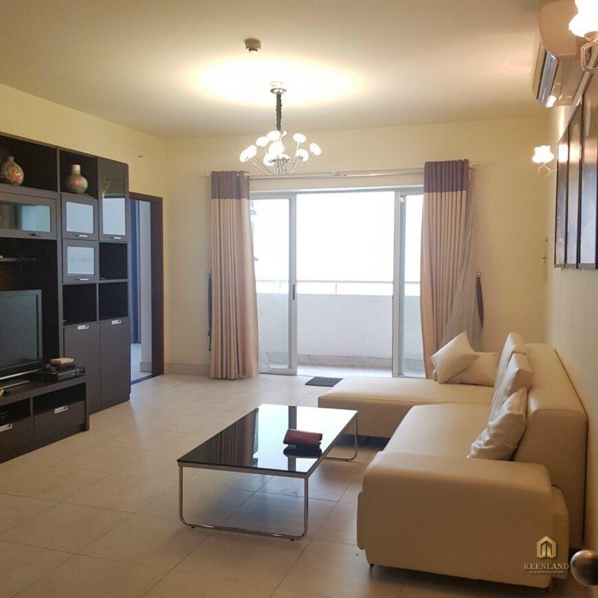 Phòng khách căn hộ Golden Plaza