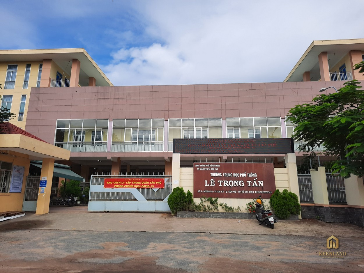 THPT Lê Trọng Tấn